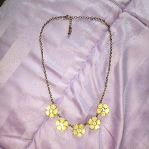Jewelry - Pink flowers necklace
